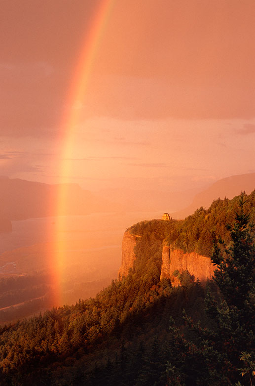 Crown Point Rainbow 2 | © Jonathan McIntyre Photography
